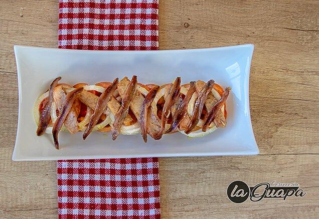 una tosta en un restaurante de alcobendas elaborada con comida casera